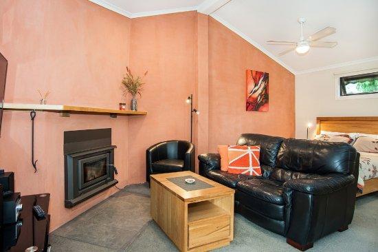 Dunkeld, Αυστραλία: Open planning in Studio Spa cottage