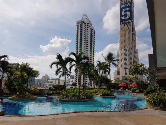 Amari Watergate Bangkok: View of the pool