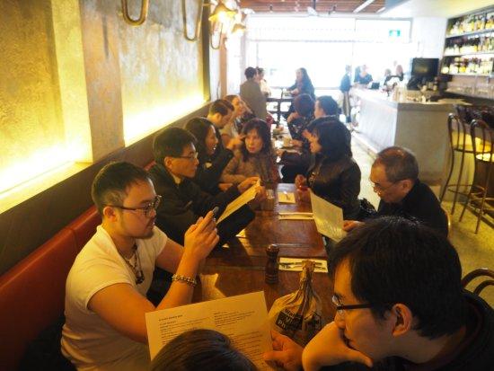 Wahroonga, Australie : inside cafe