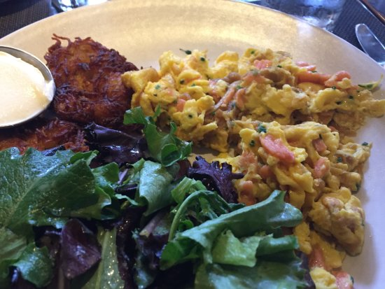 Culver City, CA: Salmon scramble w/potato patties - delic!