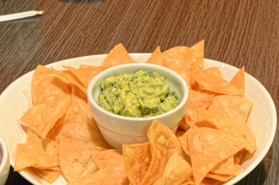Little Ferry, NJ: chips and guac