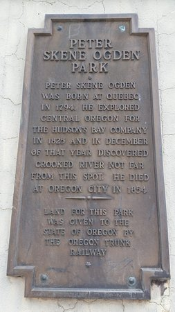 Terrebonne, OR: Park sign