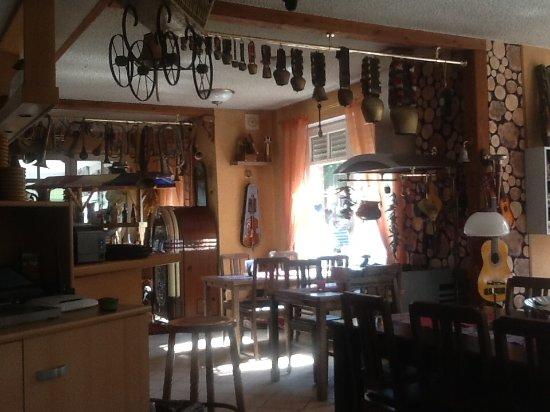 Isterberg, ألمانيا: Restaurant interior
