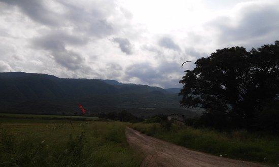 Vista del Camino desde la carretera Sayula a Usmajac, al Hotel