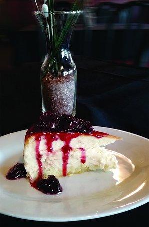 Saint Thomas, Canada: Cherry Cheesecake