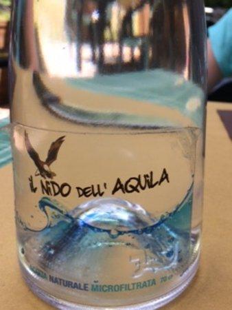 Montefegatesi, Italy: l'acqua