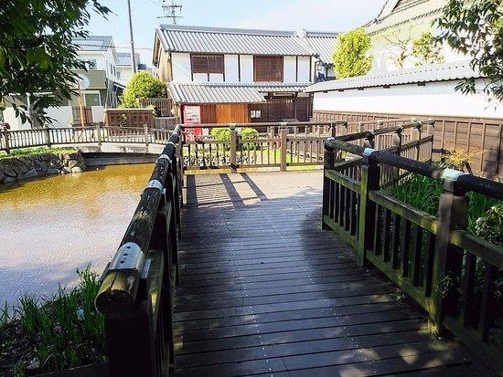 Kashihara, Japan: 環濠と木橋