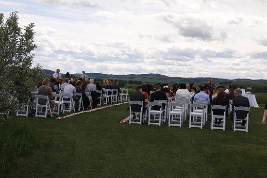 De Winton, Canada: outdoor set up for wedding ceremony.