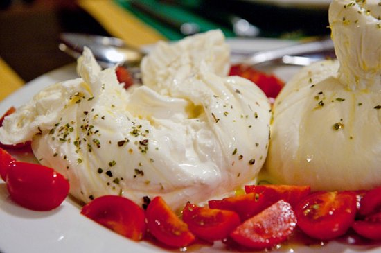 Faversham, UK : Burrata