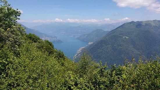 Schignano, Italy: vista sul lago di Como (Nord)