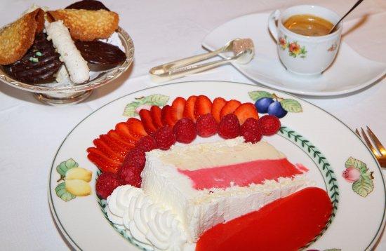 Hotel Restaurant Gilg: Vacherin glaçé