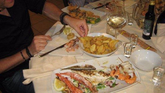 Magreglio, Ιταλία: Ottima cena a case di pesce abbondante e ad un prezzo onesto!