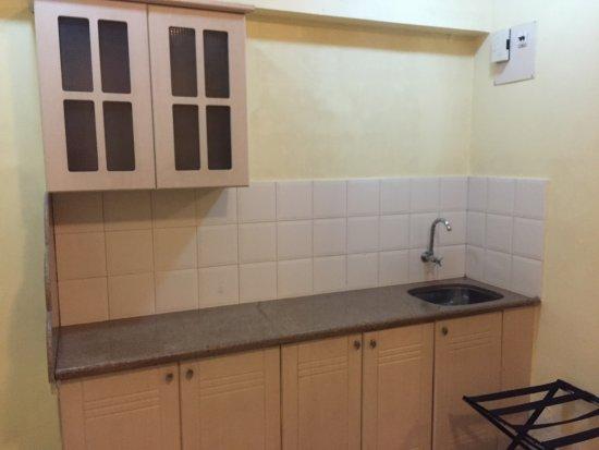 Keys Select Hotel Nestor Mumbai: Random empty kitchenette