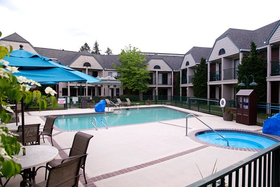 Best Western Pony Soldier Inn - Airport: the pool