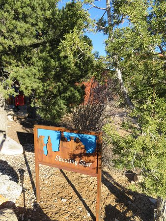 Stone Canyon Inn: Schild