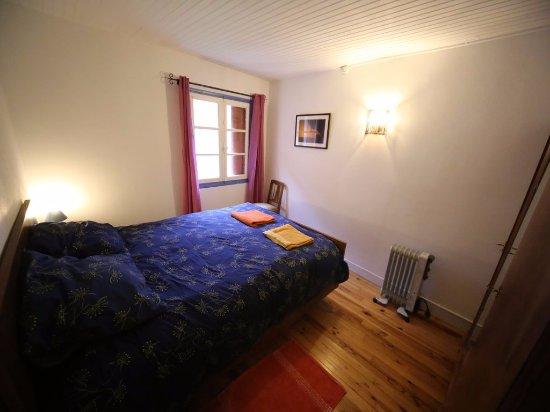 Ornolac-Ussat-les-Bains, Γαλλία: Maison La montagne bedroom 3