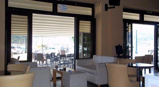 Hotel Georgios L.: Cafe Bar Internet Cafe