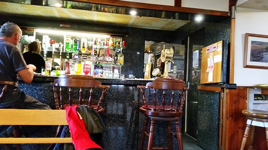 Buckie, UK: seating and bar