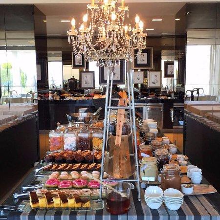 Aqua Blu Boutique Hotel + Spa : Breakfast Buffet