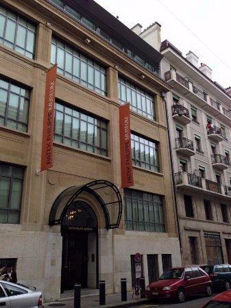 Museo Patek Philippe: Вход в музей.