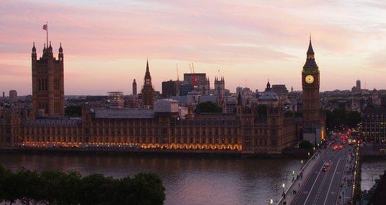 Park Plaza Westminster Bridge London: View from duplex 15th. floor