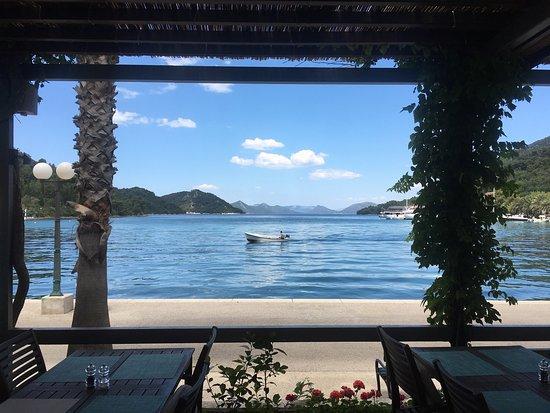 Sipanska Luka, Kroatien: View from the dining area