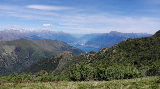 Dongo, Italy: Salendo verso la Cima Verta