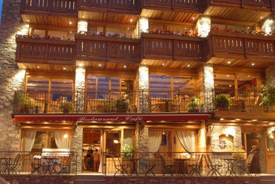 Hotel Le Monal (Sainte-Foy-Tarentaise, France) - Reviews, Photos ...