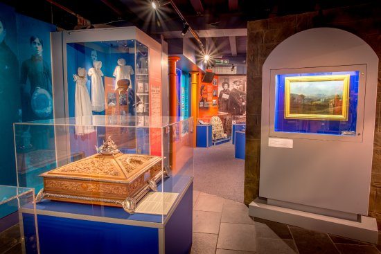 Aberdare, UK: Discover beautiful objects and the fascinating history of the Cynon Valley