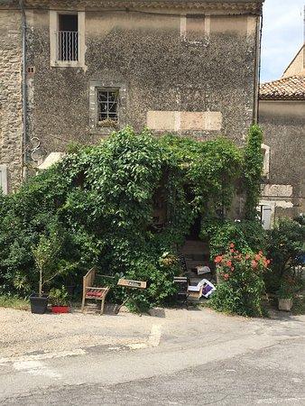 Saignon, Prancis: photo0.jpg