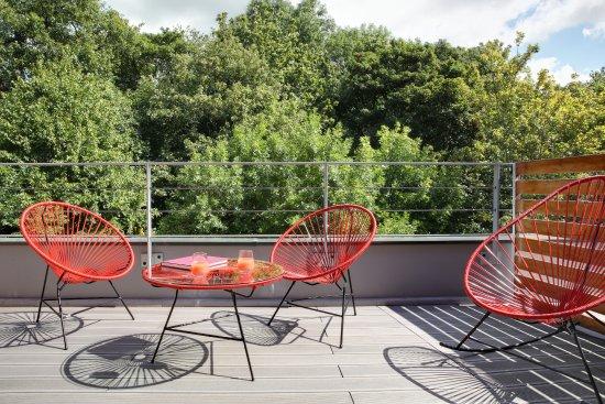 Meudon-la-Foret, Francia: Terrasse chambre executive foret