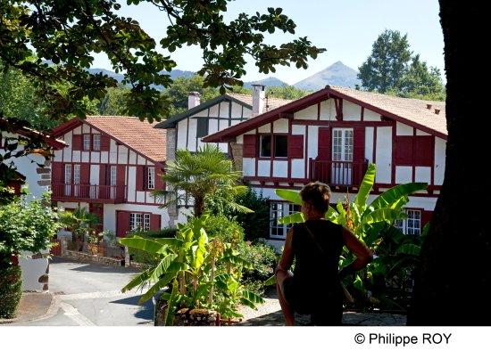 Vvf villages urrugne hotel voir les tarifs 94 avis et for Hotels urrugne