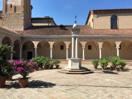 Abbazia di S.Maria di Praglia: Chiostro