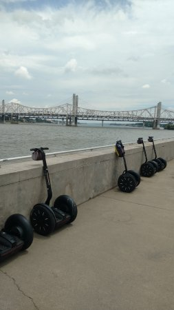 "Louisville Segway Tours by Wheel Fun Rentals: 1st rest stop - properly ""parking"" a SEGWAY"