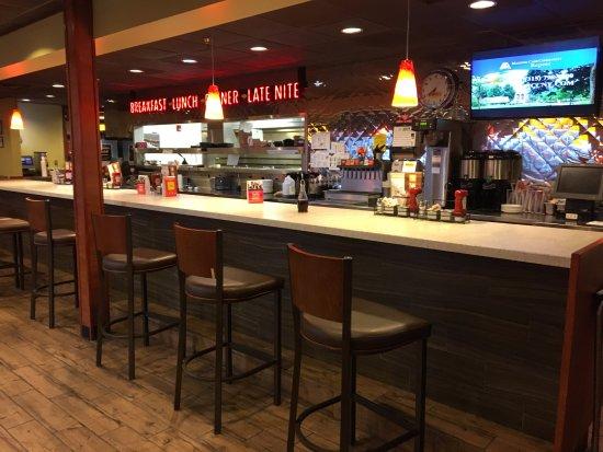 Utica, NY: Denny's - counter seats