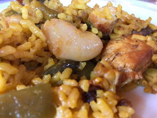 Bronchales, Spain: Paella Valenciana del restaurante