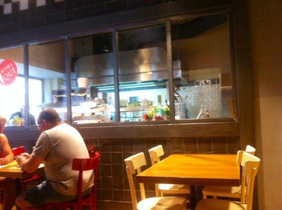 Cucina a .... vista ! - Picture of L\'Hamburgheria di Eataly ...