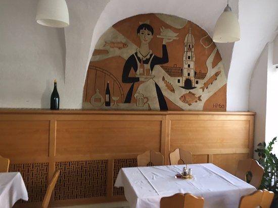 Fischamend, Austria: restauracja wewnątrz