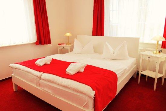 Hotel-Pension garni Schwalbenhof : Doppelzimmer