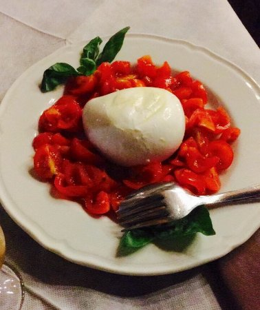 Sant'Alfio, İtalya: La Sicilia nei piatti...Partendo da un'Entrèe insolita (mafaldina con mortadella) tutti i piatti