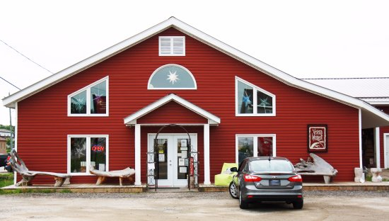 Callander, Canadá: The retail store for Vested Interest