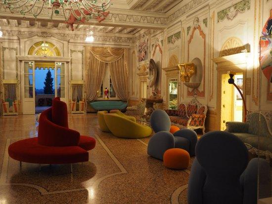 Corrubbio di Negarine, Itália: Hotellobby