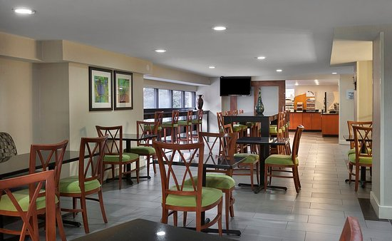 Фотография Holiday Inn Express & Suites Chattanooga-Hixson