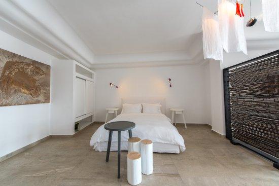 Santorini secret suites spa updated 2017 boutique for Boutique hotel oia