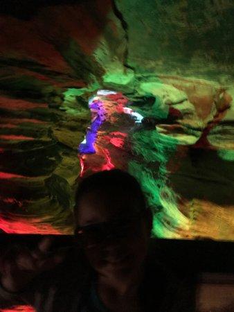 Farmington, PA: Lighted family foot tour