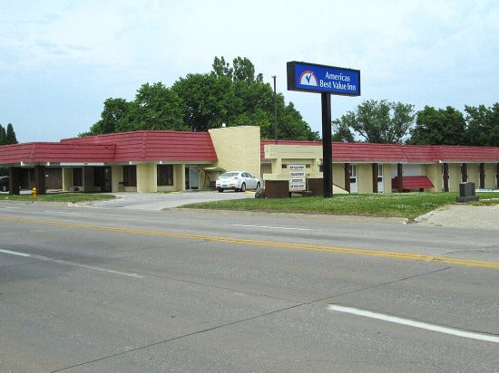 Americas Best Value Inn-  Webster City