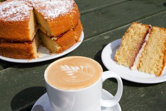 St Levan, UK: Victoria Sponge & Coffee