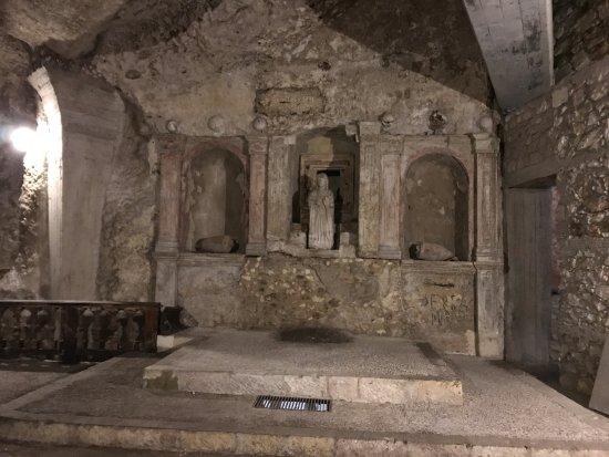 Cripta di S. Restituta : Interno