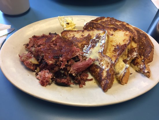 Northwood, NH: Sour Dough French Toast & Corned Beef hash