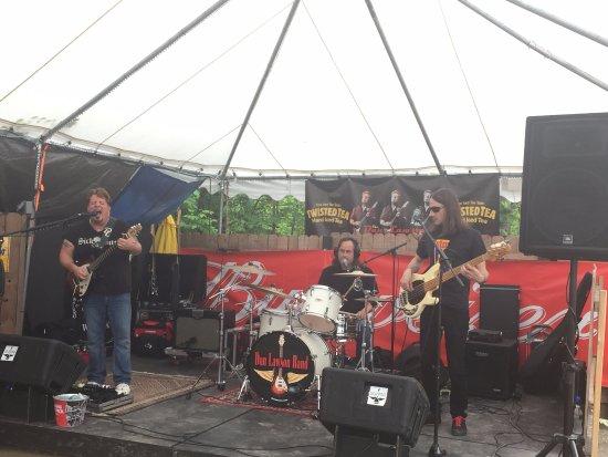 Laconia, NH: Dan, Paul & Jason Of the Dan Lawson Band